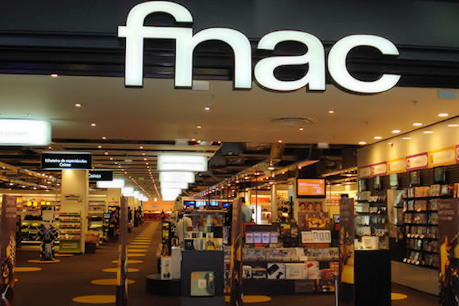 "La FNAC lance la livraison Express au risque de concurrencer son ""Click and collect"""