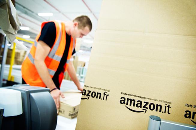 Amazon s'amuse avec la loi française et passe ses frais de port à 1 centime