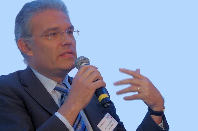Les DSI doivent veiller à l'éthique des projets Big Data, pour le DSI d'Essilor