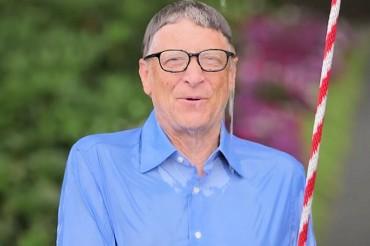 Bill Gates prend une douche glacée à cause du patron de Facebook