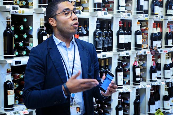 Auchan teste une application communautaire de notation des vins