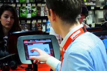 Protégé: 100 000 € pour équiper en digital le magasin connecté du Furet du Nord