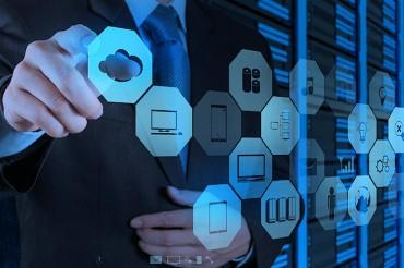 Les  patrons des infrastructures bloquent sur le Cloud public