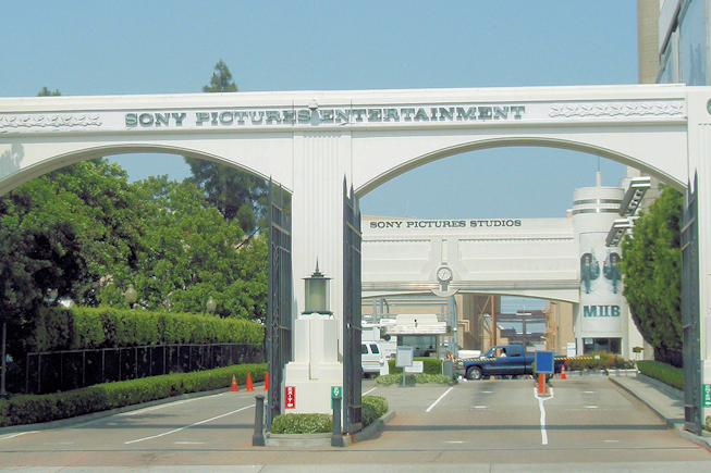 Twitter menacé de poursuites par Sony dans l'affaire du piratage informatique
