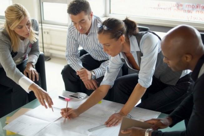 Choisir un prestataire : un processus comparable à une embauche
