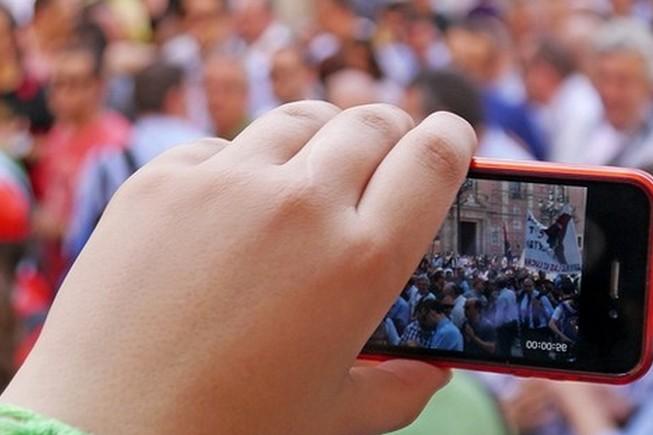 La vidéo diffusée en temps réel se démocratise avec deux Apps mobiles, l'impact est fondamental