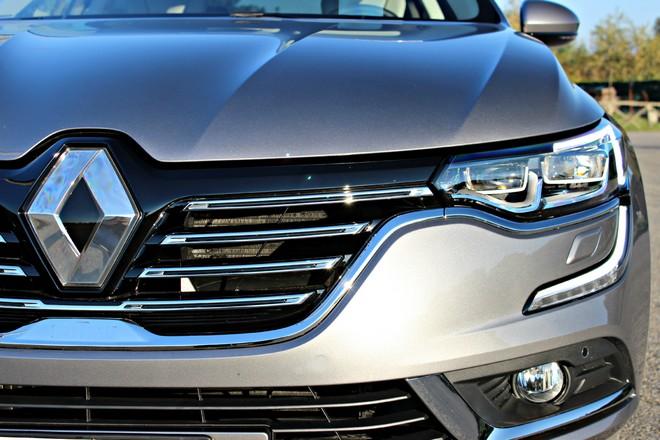 Renault attendra avant d'uberiser ses concessionnaires