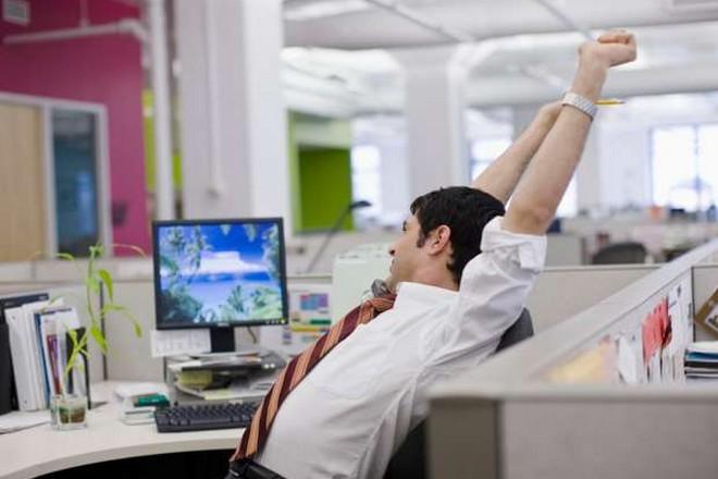 Nous passons 2 heures par jour sur internet au bureau, la moitié pour un usage personnel