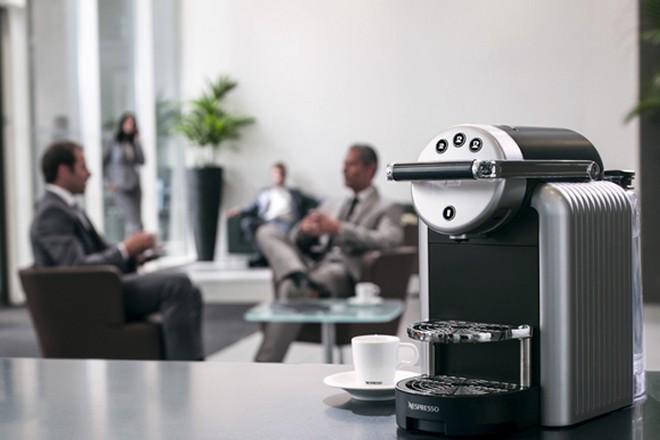 """""""B to B"""" et stratégie Océan Bleu : Nespresso rénove sa façon de vendre du café aux entreprises"""