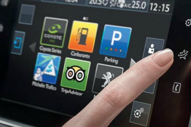 Véhicule connecté : Peugeot a bien l'intention de faire de l'argent avec nos données