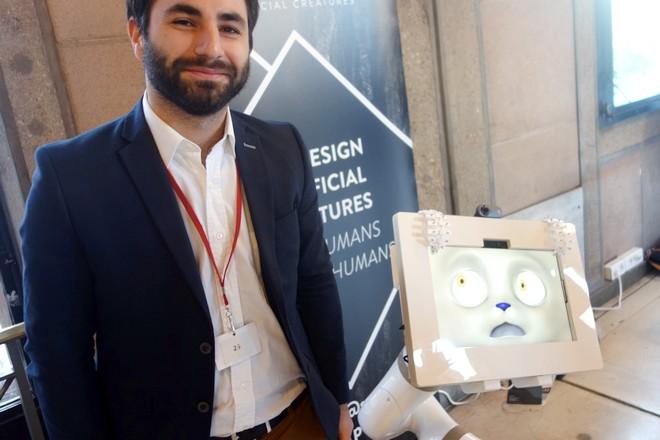 Le robot d'accueil de Spoon ne veut pas décevoir comme celui d'Aldebaran