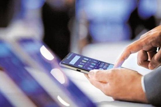 On achète plus de smartphones, plus chers et plus chinois qu'il y a 1 an