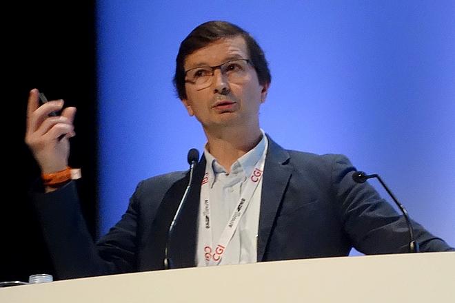 """Véhicule autonome : """"tout le monde en est au même point,"""" selon Renault"""