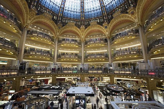 Galeries Lafayette veut rattraper son retard en e-commerce en rachetant La Redoute