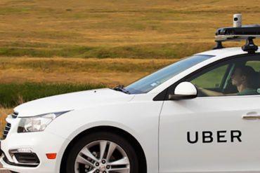 Uber condamné à requalifier ses chauffeurs en salariés