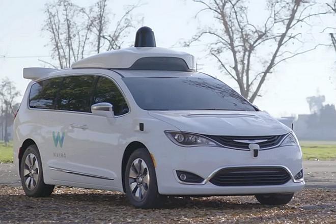 google a d pens 1 1 milliard de dollars dans la voiture. Black Bedroom Furniture Sets. Home Design Ideas