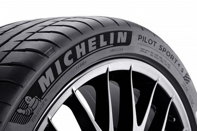Michelin se transforme pour vendre via les médias sociaux