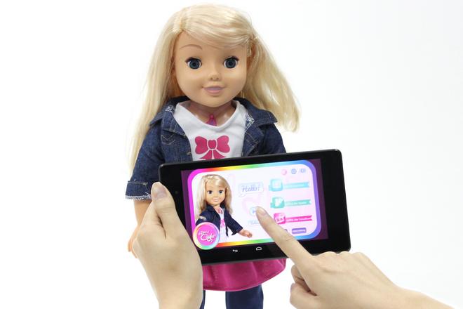 Une poupée et un robot connectés coupables d'atteinte grave à la vie privée