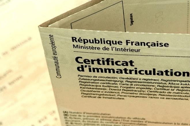 Dématérialisation cauchemardesque : plus de 400 000 cartes grises en attente