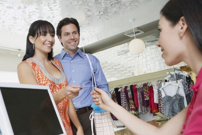 Relation client: les professionnels s'adaptent face à des clients plus vigilants sur leurs données