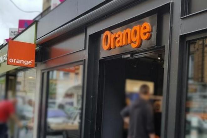 Orange expérimente un assistant vocal en boutique