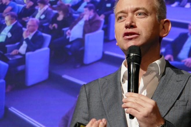 SNCF et La Poste face à Office 365: obligation d'une foule d'ambassadeurs en interne