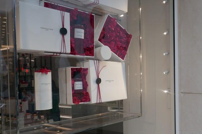 Luxe: les parfums Diormontent en puissance sur les messageries instantanées