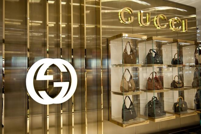 Luxe : Kering dope ses ventes en ligne et ré-internalise son e-commerce