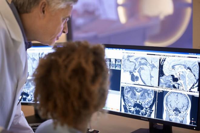 Santé et intelligence artificielle : l'hôpital de Valenciennes aux avant-postes