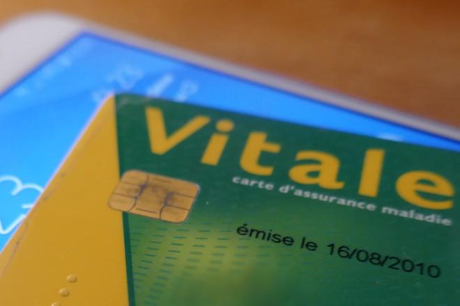 Carte Vitale 2019.La Carte Vitale Testee Sur Mobile Durant 1 An La Revue Du