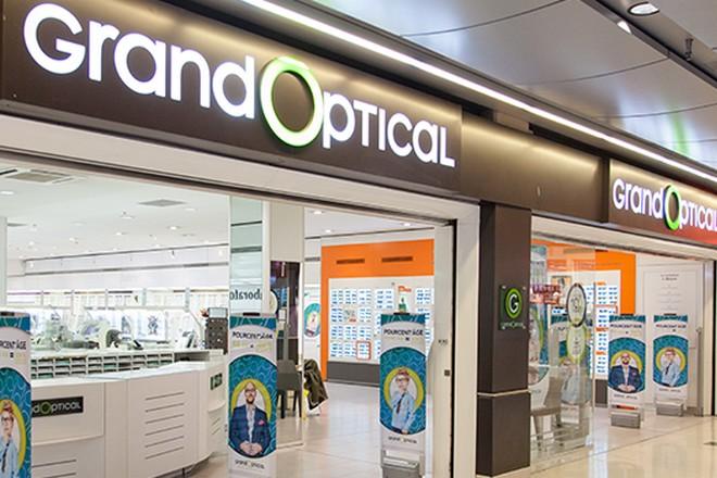 Opticiens : EssilorLuxottica se porte acquéreur de GrandVision et de ses 7200 points de vente