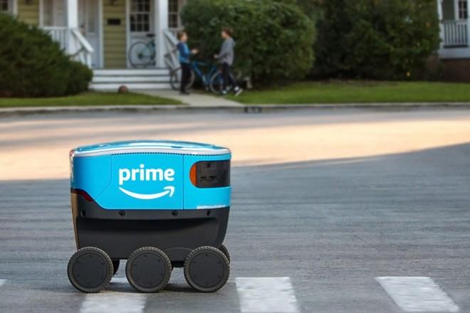 Le robot de livraison à domicile d'Amazon testé en Californie