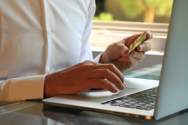 Vendre en direct sur internet est un défi pour un fabricant à l'heure des places de marché