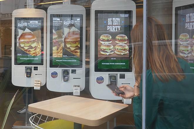Drive to store : McDonald's France teste intensément le faire venir local