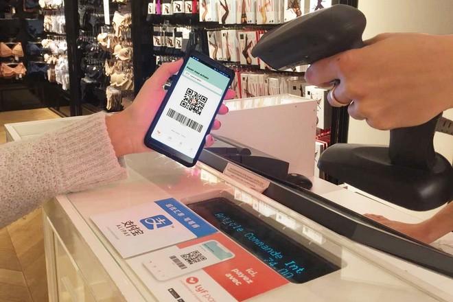 Paiement mobile chez Etam avec Lyf Pay et Alipay