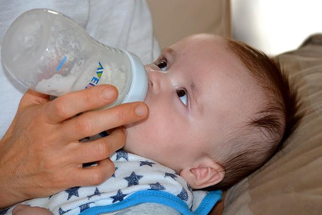 Traçabilité alimentaire : Nestlé et Carrefour démarrent la blockchain pour le lait infantile