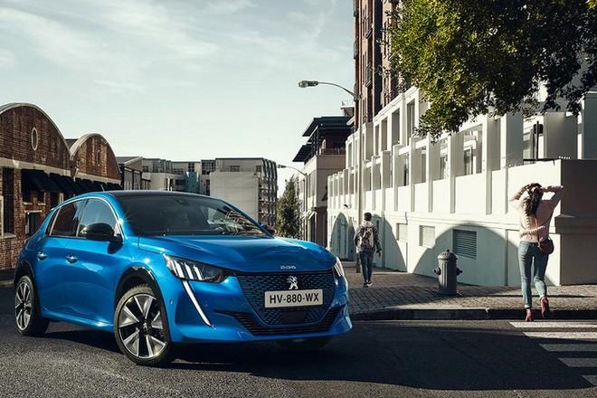Roadshow et digital,  l'opération de Peugeot afin de promouvoir la version électrique de la 208