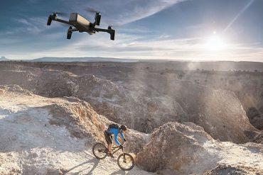 L'Armée Suisse s'équipe de micro-drones Parrot