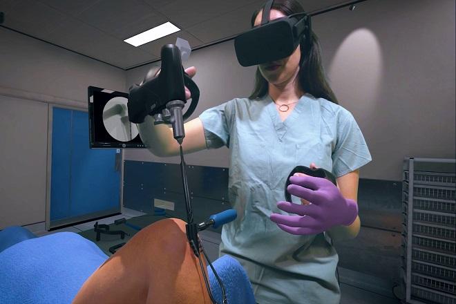 Johnson & Johnson va distribuer des casques de VR aux chirurgiens