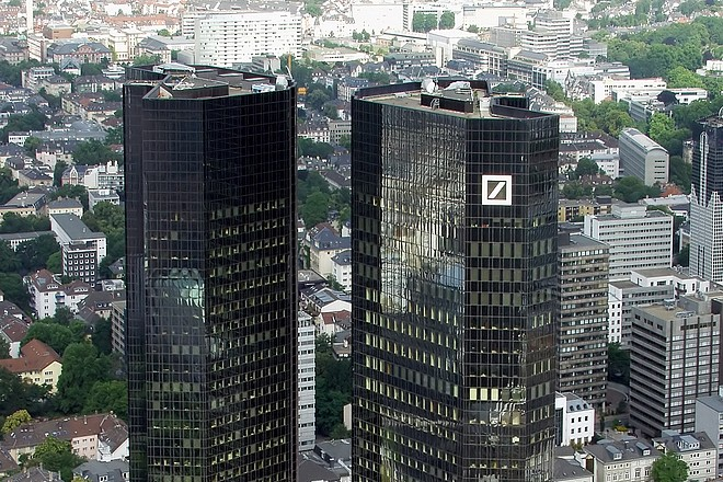 La banque allemande Deutsche Bank veut innover grâce à l'intelligence artificielle de Google