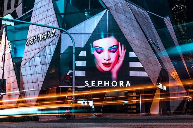 Sephora ouvre un 3ème canal de vente sur les médias sociaux avec une startup