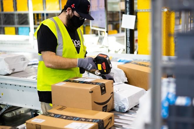 Amazon fait l'objet de deux enquêtes pour pratiques anticoncurrentielles par la Commission Européenne