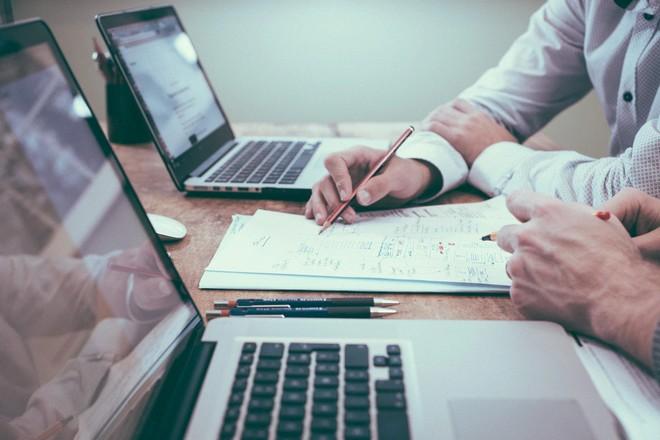 Bloquer les escroqueries par virement bancaire : la startup Sis ID fait la course en tête selon la BPI