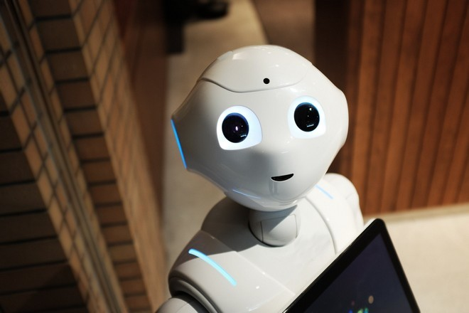 Les salariés partagés face aux bénéfices pour eux de l'IA en entreprise
