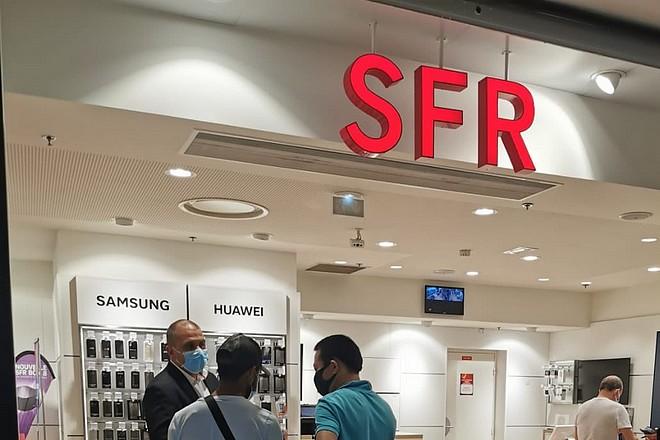 Mutation des métiers vers le digital : SFR veut remplacer ses salariés par de jeunes diplômés