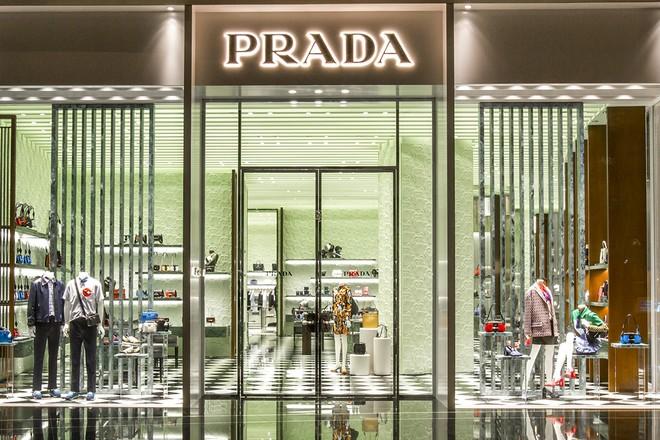 Le groupe de luxe Prada triple ses ventes en e-commerce
