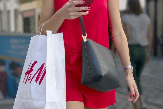 Chez H&M, toutes les décisions opérationnelles clés devront être dopées à l'IA d'ici 2025