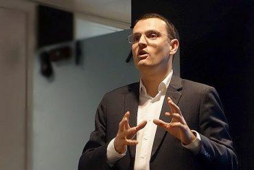Bertrand Cozzarolo, en charge du commercial et du marketing de la banque de détail de Société Générale