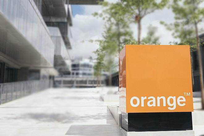 Les pratiques opérationnelles d'Orange en question lors de la panne des numéros d'urgence
