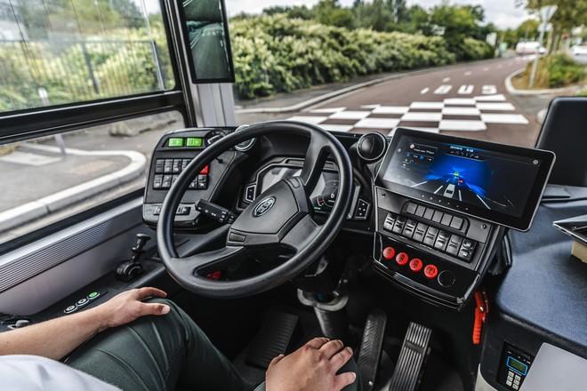 La RATP expérimente un bus autonome sur une ligne classique